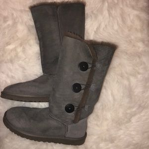 """Ugg Boots """"Bailey Button Triplet"""" (WITH BOX)"""